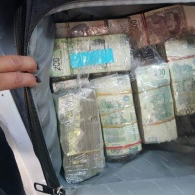 SE PUSO NERVIOSO: Lo 'cachan' en auto con placas falsas y 4 mdp en efectivo