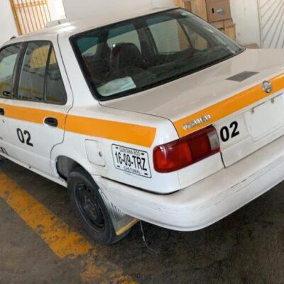 Detienen a conductor de taxi clonado en Chetumal