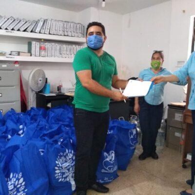 Entrega Aguakan kits de protección y de higiene para personal del IMSS en Playa del Carmen
