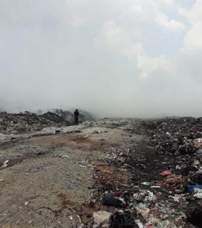 Lluvias ayudan a controlar incendio en basurero de Chetumal