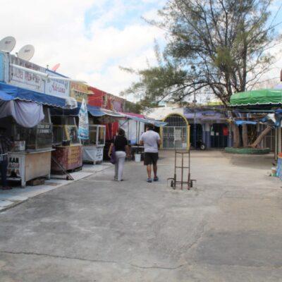 Opera sólo el 10% de locales en el Mercado 23 de Cancún por falta de consumidores