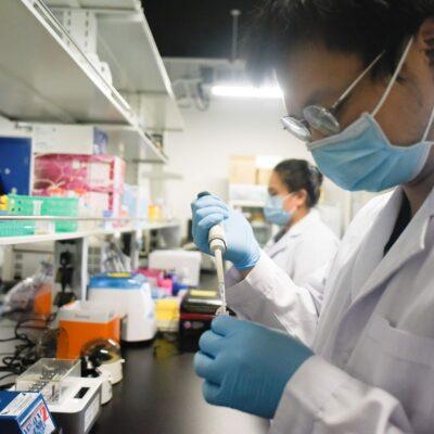 Reportan alentadores primeros resultados de la vacuna china contra el coronavirus: es segura y genera anticuerpos