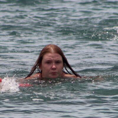 Rescatan a extranjera que entró a nadar en Cozumel