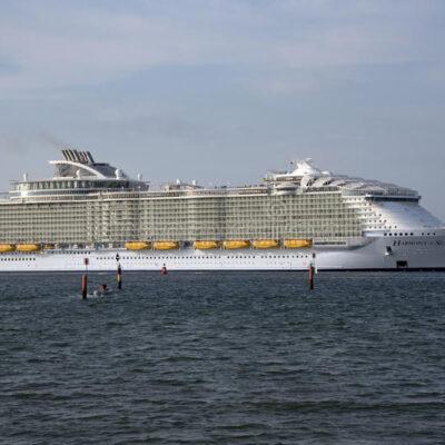 Atraca primer crucero en Belice desde que su gobierno anunció el cierre de fronteras en marzo