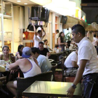 Presentan Canirac y Cofepris protocolo sanitario para la reapertura de restaurantes en Cancún