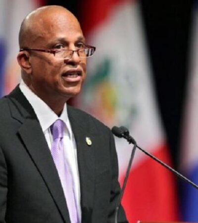 Beliceños que crucen a QR serán encarcelados de tres meses a un año, advierte el primer ministro Dean Barrow