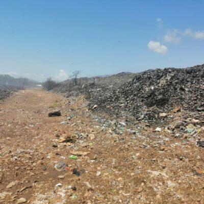 Cerca de controlarse incendio en relleno sanitario de Chetumal