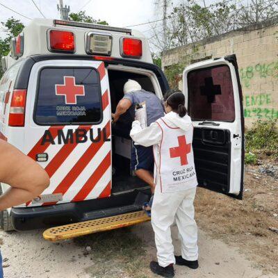 Machetean en Cancún a un sujeto tras discusión de pareja
