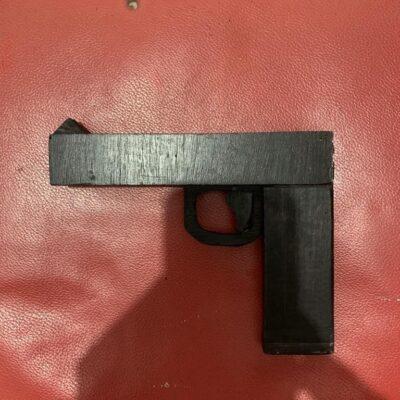 Decomisan pistola de juguete en el Cereso de Cancún