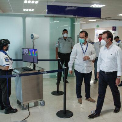 LISTOS PARA RECIBIR MÁS VUELOS EN LA ISLA: Verifica Pedro Joaquín protocolos de Sanidad Internacional en el Aeropuerto de Cozumel