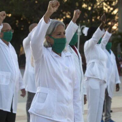Paga México más de 6 mdd por médicos cubanos que apoyan lucha contra COVID-19