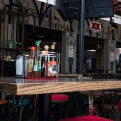 Restaurantes sólo permitirán cuatro comensales por mesa en Yucatán