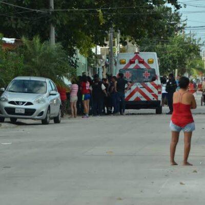 Atacan a balazos a tianguista en Cancún