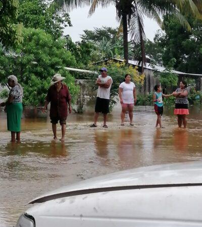CONTINGENCIA POR AGUA EN EL SUR DE QR: Familias desalojan zonas bajas por viviendas inundadas por lluvia y escurrimientos