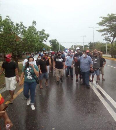 """""""¡QUEREMOS QUE NOS PAGUEN!: Trabajadores de Grupo Mandala se manifiestan en Cancún por incumplimiento de pago desde marzo"""