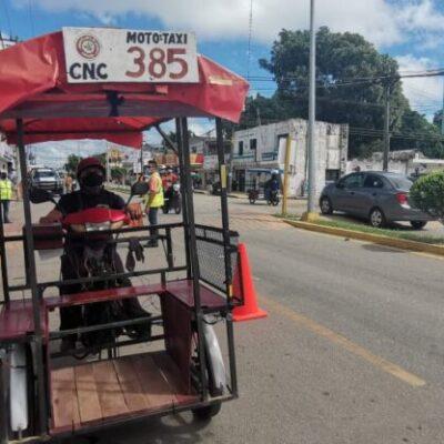 Mototaxistas exceden el número de pasajeros permitido en José María Morelos