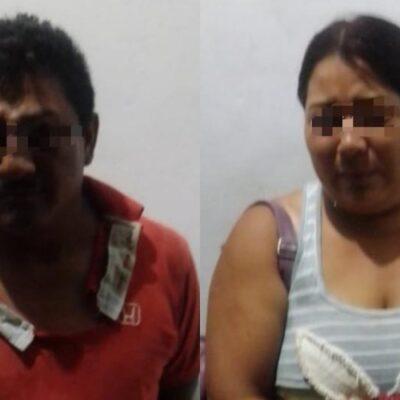 Detienen a pareja por reñir en Calderitas