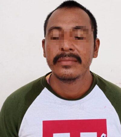 Detienen a sujeto ebrio que intentó ingresar a instalaciones de la Uqroo en Chetumal