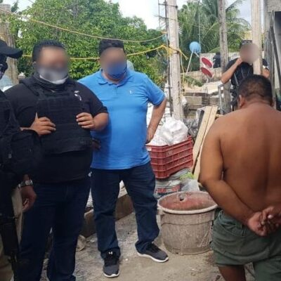 Detienen a narcomenudista durante cateo en Playa del Carmen