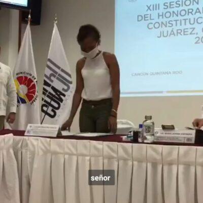 IMPONEN A ISAAC JANIX COMO SECRETARIO EN CANCÚN: Por mayoría de votos, regidor 'independiente' con licencia amarra cargo en el gobierno de Mara Lezama