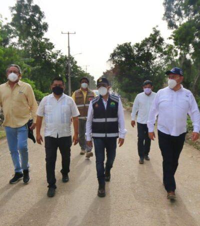 Recorre Gobernador comunidades mayas afectadas por lluvias e inundaciones