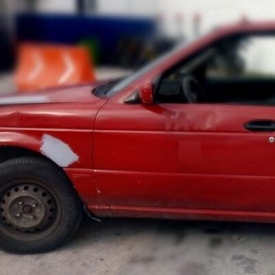 Detenido por escandalizar en auto robado en Cancún