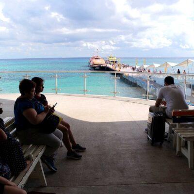 Detectan a una mujer con droga en muelle de Playa del Carmen gracias a un perro policía