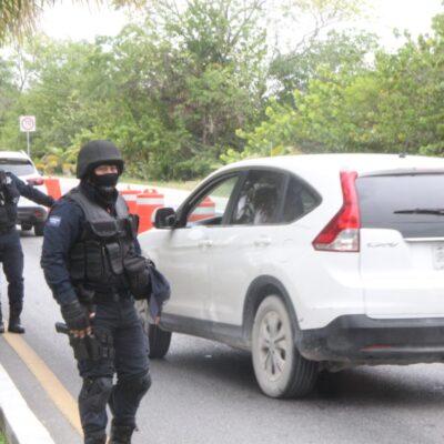 Aumenta tránsito en Zona Hotelera de Cancún, pero turistas todavía no pueden pasar