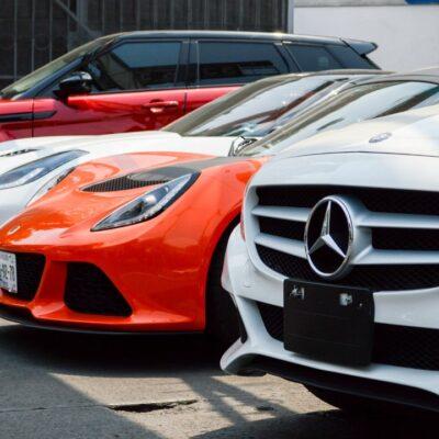 Identifican a familia completa dedicada al fraude en compra de autos de lujo en la CDMX