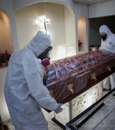 PANDEMIA IMPLACABLE EN MÉXICO: Muertes por COVID-19 llegan a 42 mil 645