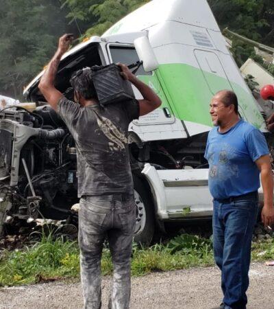 Rapiñan camión con harina en Hecelchakán, donde hacen el rico pan de Pichón