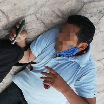 VIOLENCIA SIN MIEDO A LA AUTORIDAD: Le dan dos disparos en el pecho a un peatón frente al Palacio Municipal de Tulum
