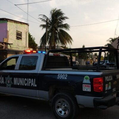 SICARIOS LE DISPARAN DESDE EL INTERIOR DE UN TAXI: Ejecutan a hombre en la Ruta 5 de Cancún