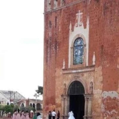 Cesan a funcionario de Yucatán por asistir a boda en plena pandemia por COVID-19