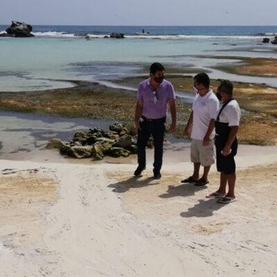 Sancionan a hotel de Isla Mujeres por derramar agua con jabón en la playa