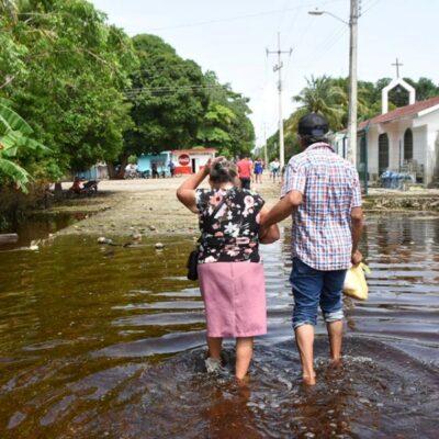 Agua estancada baja de nivel, pero problemas impiden a familias regresar a sus viviendas en la zona maya