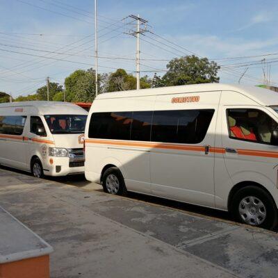 Conflicto entre transportistas foráneos de Playa del Carmen y Felipe Carrillo Puerto afecta a pasajeros