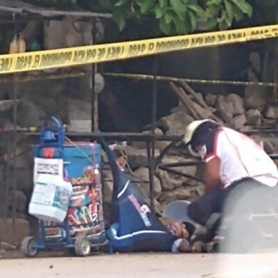 EJECUTAN A VENDEDOR DE PALETAS: Matan a balazos a un hombre en el poblado de Akumal; otro resulta herido