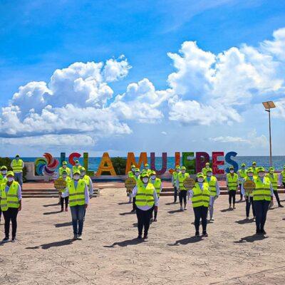 """Se suma Isla Mujeres al programa """"Gorras amarillas"""" para sensibilizar a las personas sobre las medidas sanitarias"""