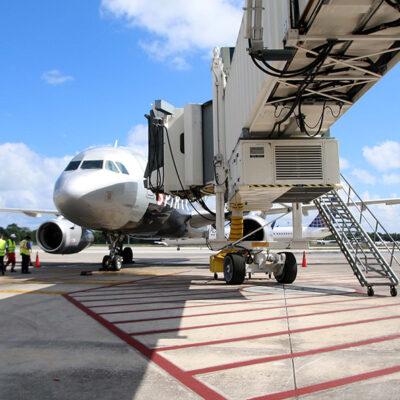 VUELOS DESDE 15 CIUDADES DE EU: Aeropuerto de Cancún programó 370 operaciones este fin de semana