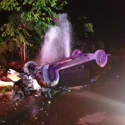 BORRACHAZO POR EL RUMBO DE LA CÁRCEL: Sufren aparatoso accidente por causas del alcohol