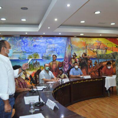 ASUME MILITAR CONTROL DE LA POLICÍA DE ISLA MUJERES: Nombran de manera sorpresiva a Capitán de Navío Eduardo Fouilloux Bataller al frente de Seguridad Pública en la isla