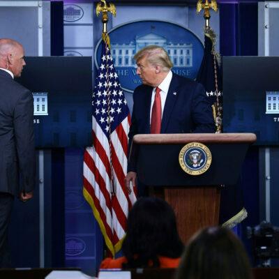 Donald Trump abandona conferencia por tiroteo afuera de la Casa Blanca