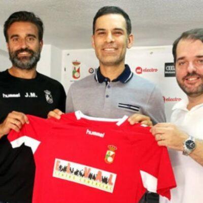 Rafa Márquez es presentado como director técnico de juveniles en la Real Sociedad Deportiva Alcalá