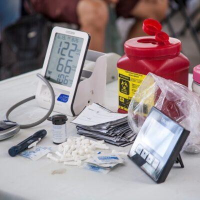 Medicamentos donados son puestos a disposición de familias de bajos recursos en Cozumel
