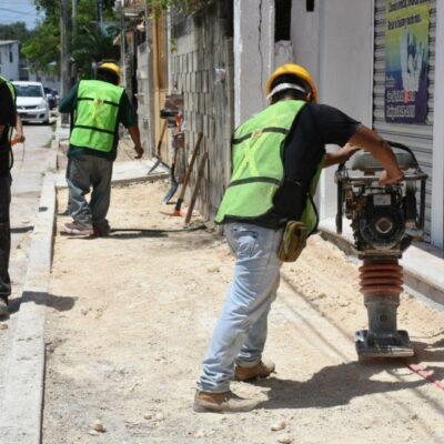 Obras de pavimentación generan empleos y mejoran la plusvalía de colonias en Puerto Morelos