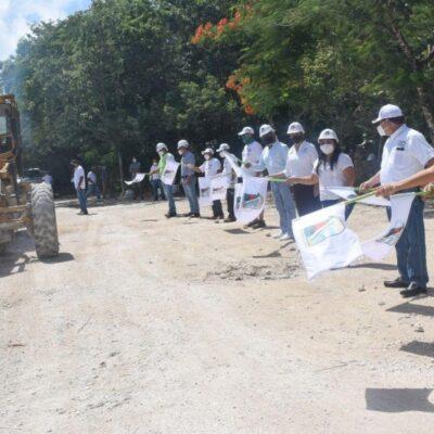 Dan banderazo a otra obra de pavimentación en Puerto Morelos