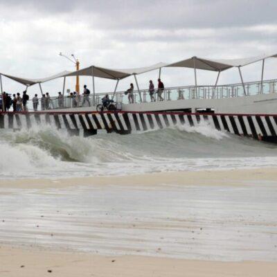 Se cancelan cruces del ferry entre Playa-Cozumel y Cancún-Isla Mujeres por la depresión tropical 14