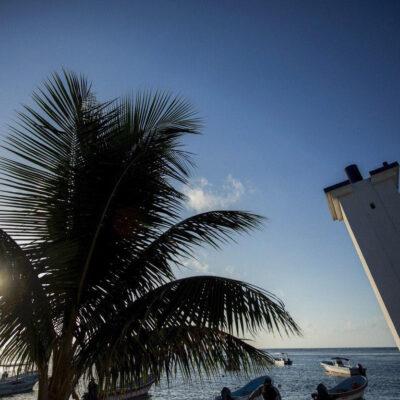 Establece gobierno de Laura Fernández estrategias para fortalecer la competitividad de Puerto Morelos