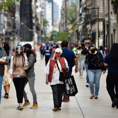 COVID-19 EN MÉXICO: Ligero repunte en contagios y decesos a días de iniciar la temporada de influenza